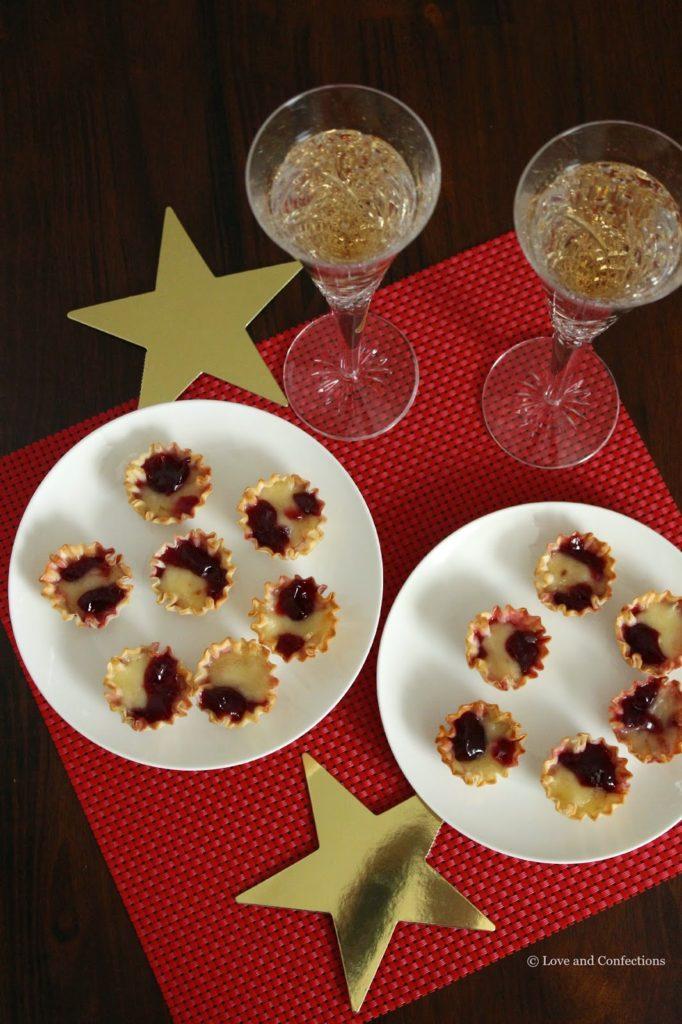Raspberry Brie Bites for #SundaySupper