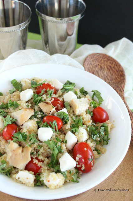 [Ad] Italian Quinoa Chicken Salad from LoveandConfections.com #SimpleSatisfyingSalads #EverydayEffortless