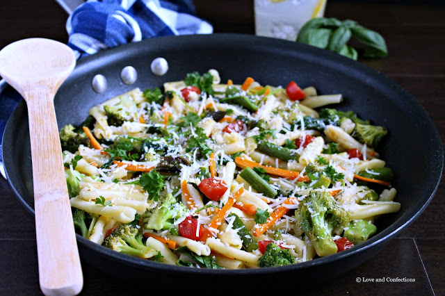 Easy Springtime Vegetable Pasta Primavera from LoveandConfections.com #ForWhatMattersMost
