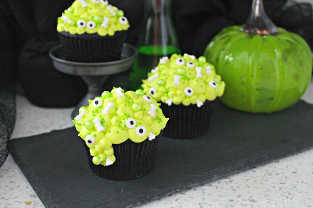 Black Velvet Cauldron Cupcakes from LoveandConfections.com