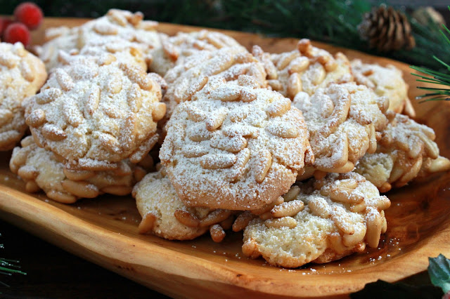 Pignoli Cookies from LoveandConfections.com